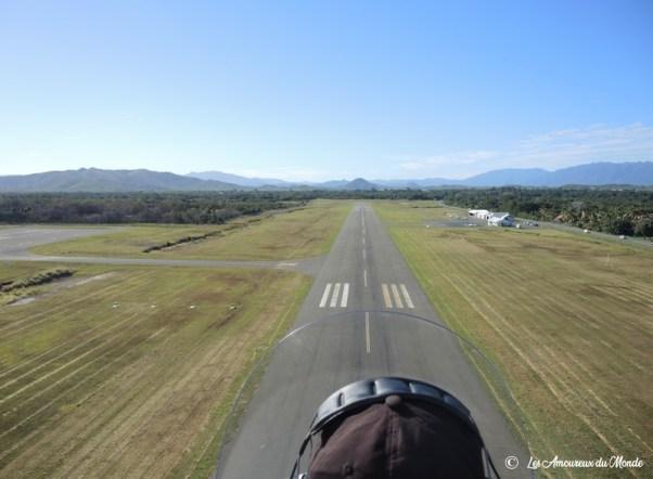 Nouvelle Caledonie survol au-dessus du cœur de voh - atterrissage