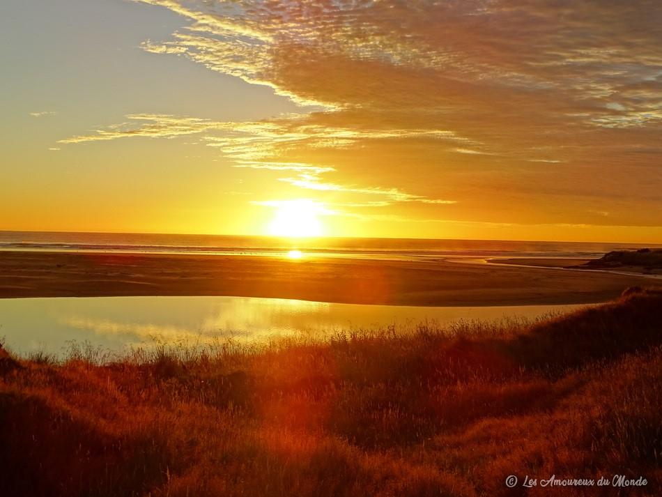 lever de soleil devant notre van en Nouvelle-Zélande