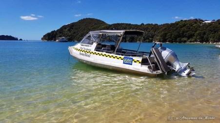 Bateau taxi au Parc Abel Tasman en Nouvelle-Zélande