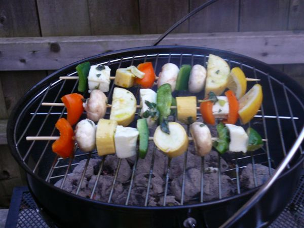 vegetables and halloumi on the grill