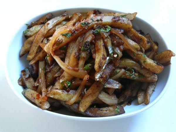 danforth dragon chili fries