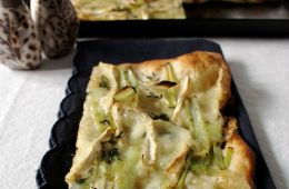 white pizza with leek and soft cheese