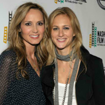 Lesbian Couples - Chely Wright and Lauren Blitzer