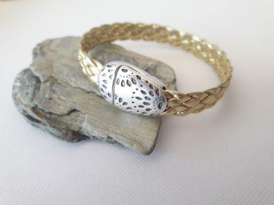 Bracelet cuir tressé doré