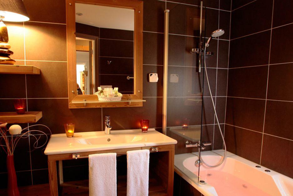 chambre montagne plus avec baignoire balneo