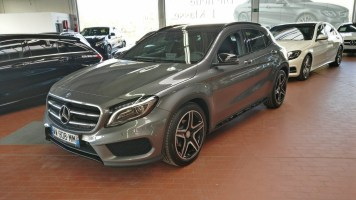 Mercedes-Benz GLA 200 3