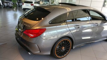 Mercedes-Benz CLA 45 AMG Shootig Brake Orange Art 2