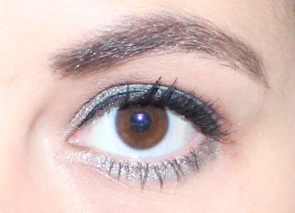 maquillage vert jaclyn hill palette
