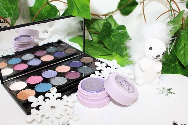 maquillage gris perle et paillettes violettes sleek