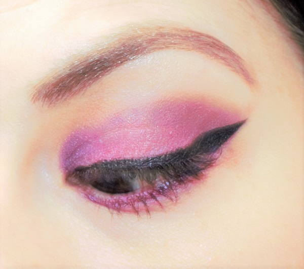 maquillage violet et fuchsia