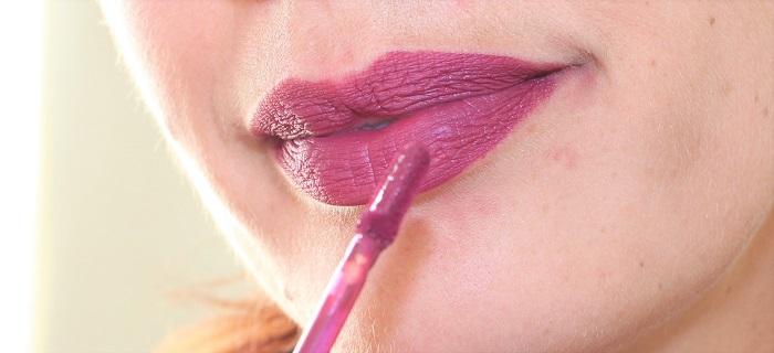 swatch Longstay Liquid Matte Lipstick Sorbet Cassis