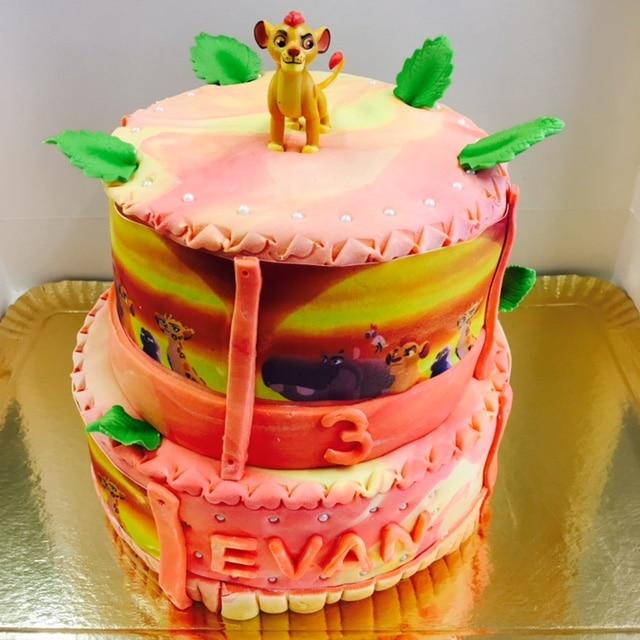 Gateau Garde Du Roi Lion Cake Design Pate A Sucre Les Delices