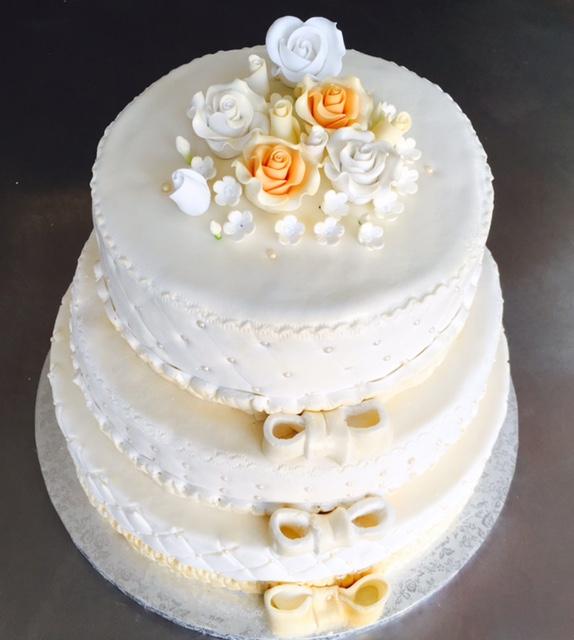 Gateau De Mariage Piece Montee Cake Design Pate A Sucre