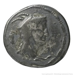 monnaie_denarius_serratus__btv1b104405071