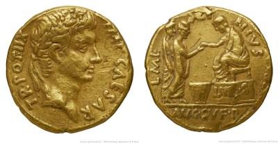 2098AU – Aureus Auguste – L. Mescinius Rufus