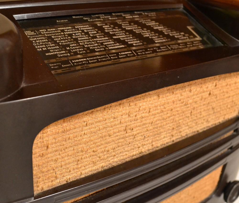 Hilversum radio vintage bluetooth LES DOYENS