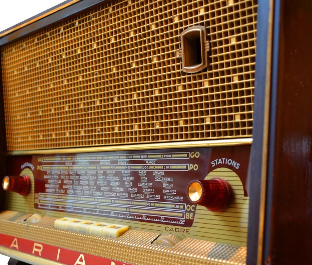 Ariane poste radio vintage TSF Bluetooth LES DOYENS