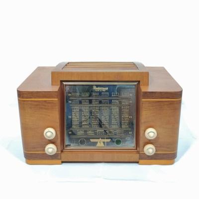 Radiomuse Amivox A1 de 1950 : Poste radio vintage Bluetooth