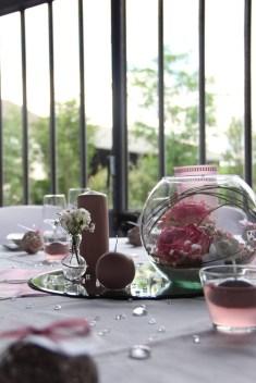 mariage-decoration-romantique-miroir-vase-boule-rose-gris-les-embellies-d-amelie16