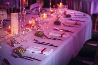 mariage-decoration-vase-martini-fleurs-les-embellies-d-amelie-chateau-de-pierreclos-greg-bellevrat03
