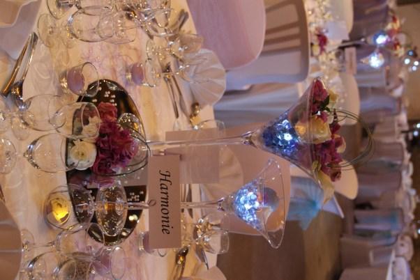 mariage-decoration-vase-martini-fleurs-les-embellies-d-amelie-domaine-albert-regards-complices11
