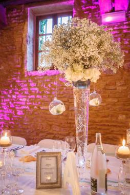 mariage-decoration-vase-tube-or-gypso-moderne-bougies-les-embellies-d-amelie-domaine-de-la-ruisseliere11