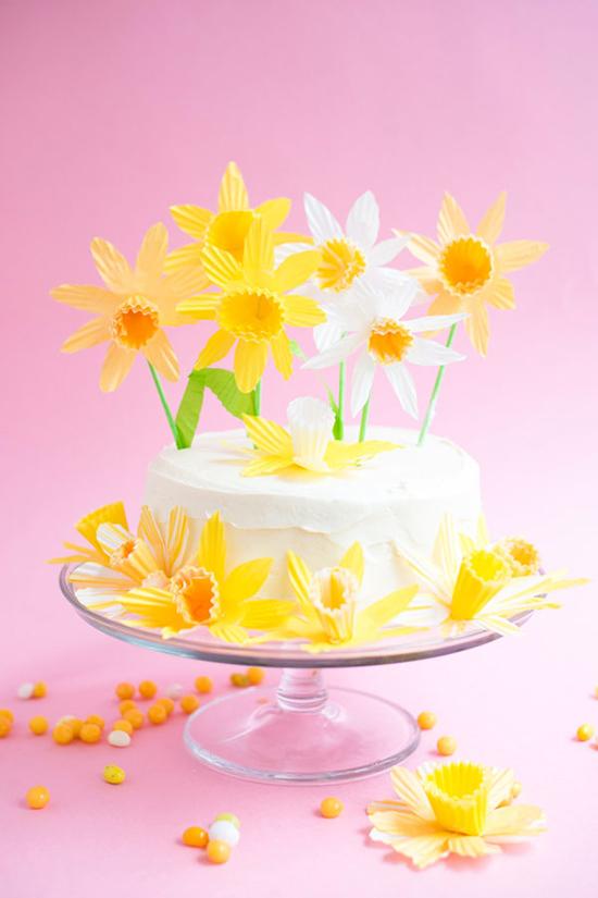 Daffodil Cake Topper