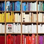 Rafael-Horzon_Bibliothek-Buchregal