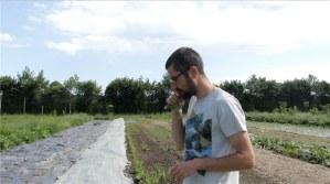 Daniel Mulet croque un radis
