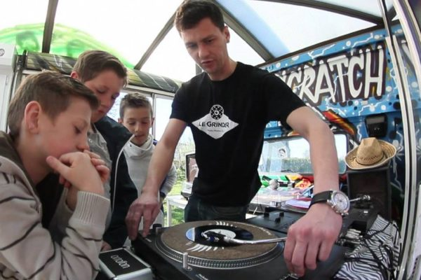 Animation dj scratch - evenement street art - paris saint denis normandie