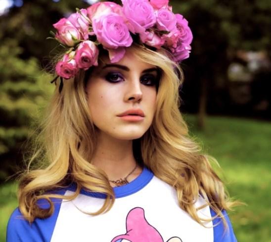 Lana-Del-Rey-couronne-de-fleurs