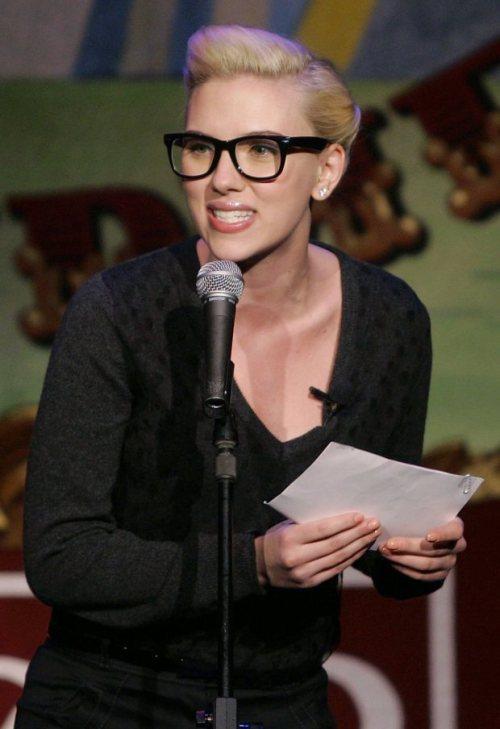 scarlett-johansson-lunettes