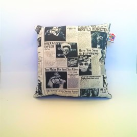 Coussin journal des monstres