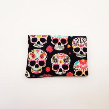 Blague à tabac têtes de mort mexicaines fond noir