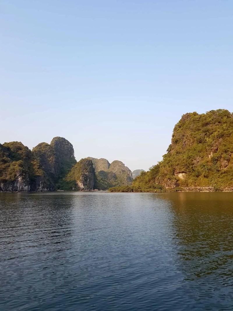 Vietnam, tour en bateau privé dans la baie d'Halong ⛵ 21