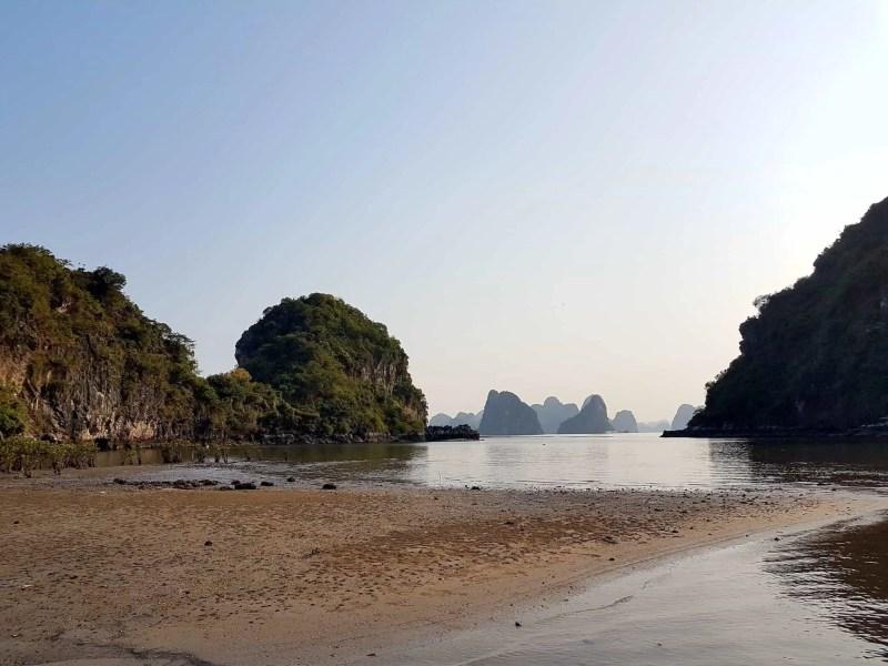 Vietnam, tour en bateau privé dans la baie d'Halong ⛵ 24