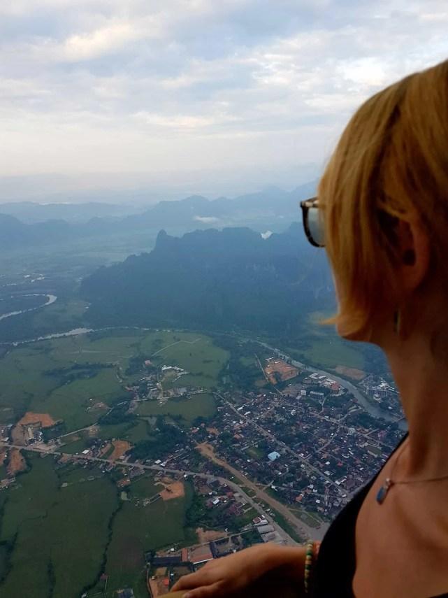 Laos, un vol en montgolfière au dessus de Vang Vieng riche en émotions 🎈 12