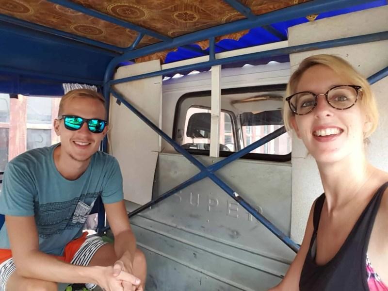 Laos, quand tu te prends pour Pocahontas sur un canoë à Vang Vieng 🛶 2