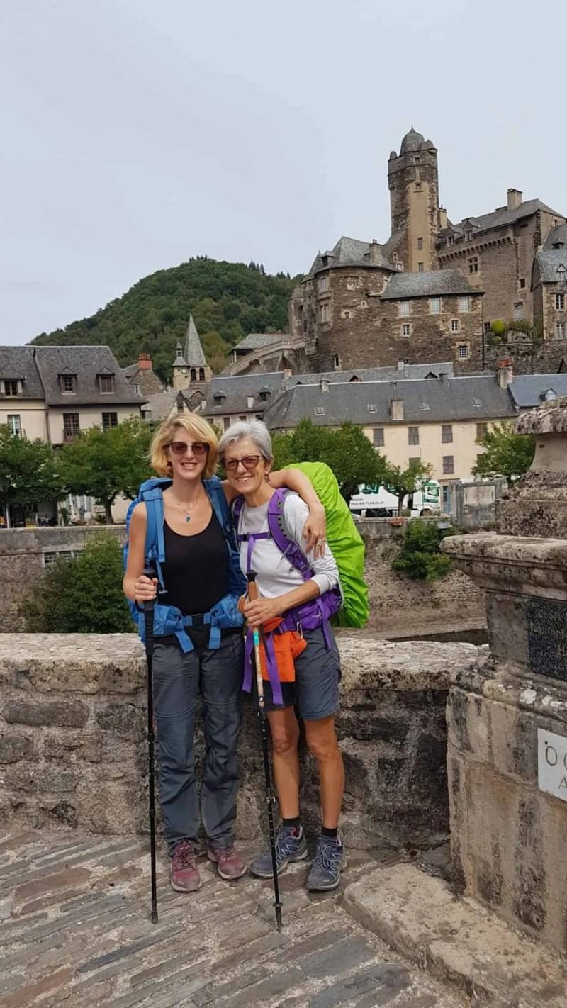 Chemin de Compostelle, on visite le charmant village d'Estaing 🌺 26