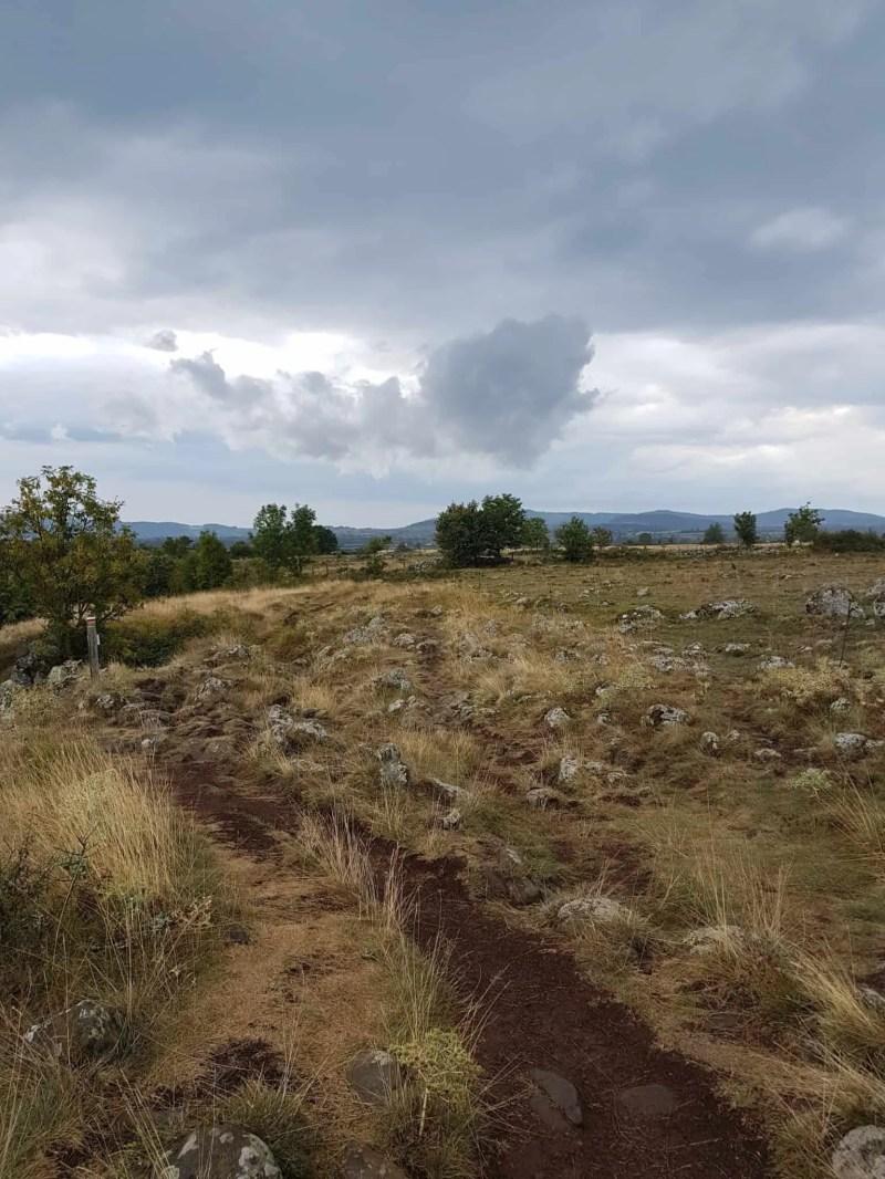 Chemin de Compostelle, un démarrage pluvieux vers Tallode ⛈ 11