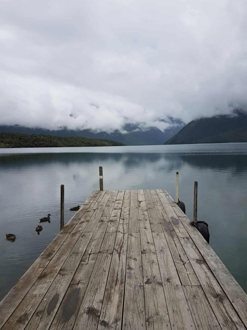Nouvelle-Zélande, le paisible lac Saint Arnaud 🌥 4