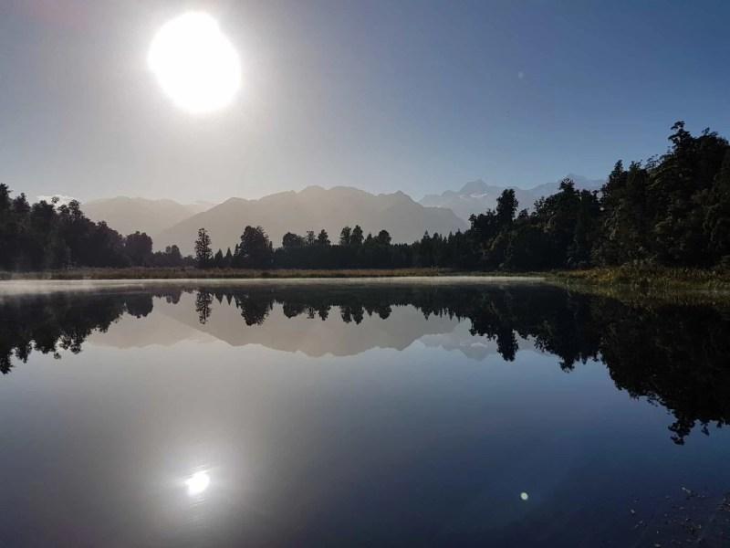 Nouvelle-Zélande, un levé de soleil féerique sur le lac Matheson ☀️ 14