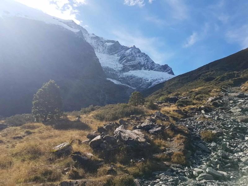 Nouvelle-Zélande, randonnée vers le Rob Roy Glacier et son sommet enneigé ❄ 15