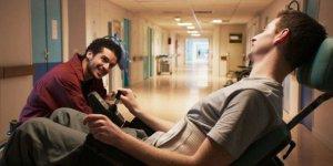 Ben et Farid dans le film Patients de Grand Corps Malade