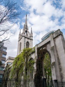 St-Dunstan-in-the-east-church-park-1