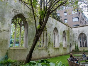 St-Dunstan-in-the-east-church-park-2