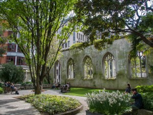 St-Dunstan-in-the-east-church-park-5