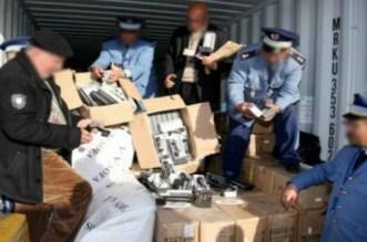 Grosse opération d'incinération à Laâyoune