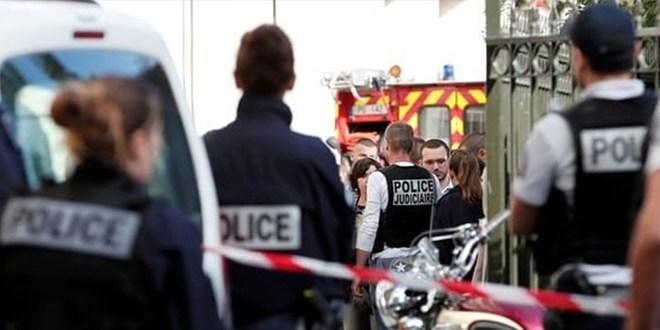 Projet d'attentat en france: plusieurs suspects sous les verrous
