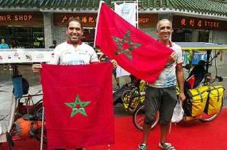 De Tanger vers la Chine, l'incroyable périple de deux Marocains en vélos solaires